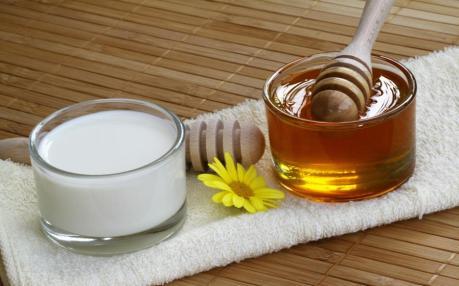 شیر و عسل